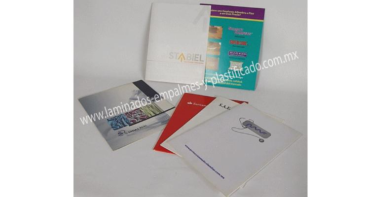 Folders de carton personalizados